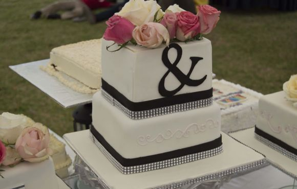 Best Deals on wedding cakes